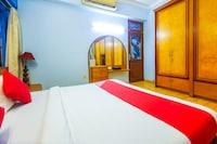 OYO 41220 PCS Apartments Bandra Deluxe