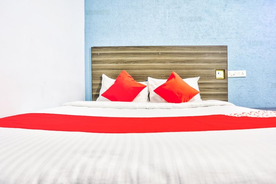 OYO 41227 Sri Sai Inn