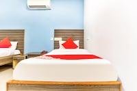 OYO 41227 Sri Sai Inn Saver