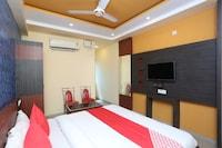 OYO 41325 Hotel Asha Pride