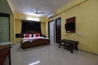 OYO 41327 Hotel Rama Palace