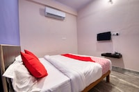 OYO 41338 Hotel Riddhi Siddhi