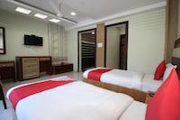 OYO 41343 Grand Utsav Motel Suite