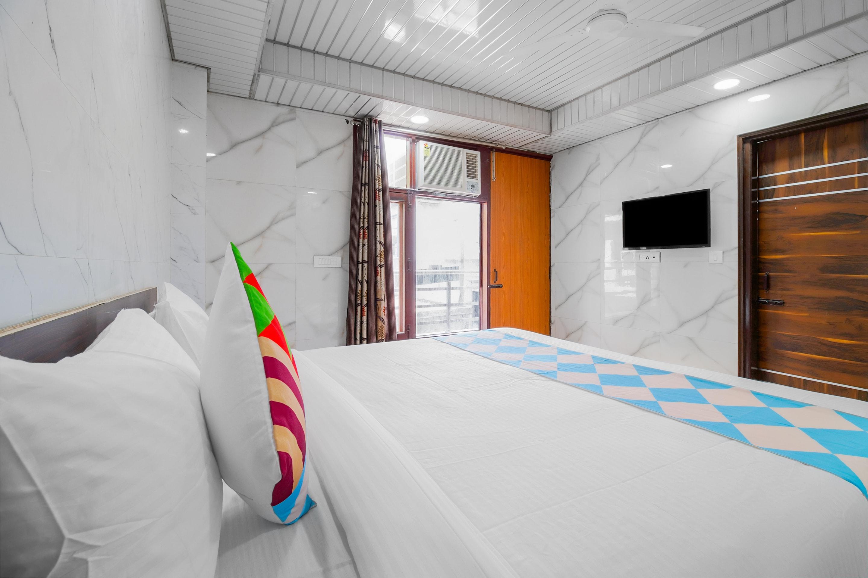OYO Home 41357 Cozy Stay NSIT Delhi Dwarka