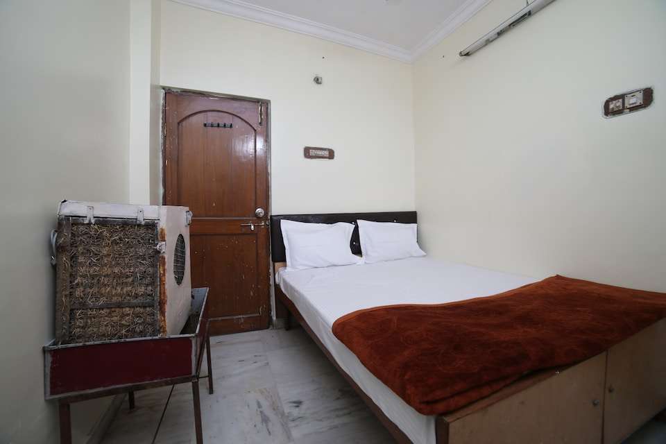 SPOT ON 41394 Hotel Mlc Deluxe
