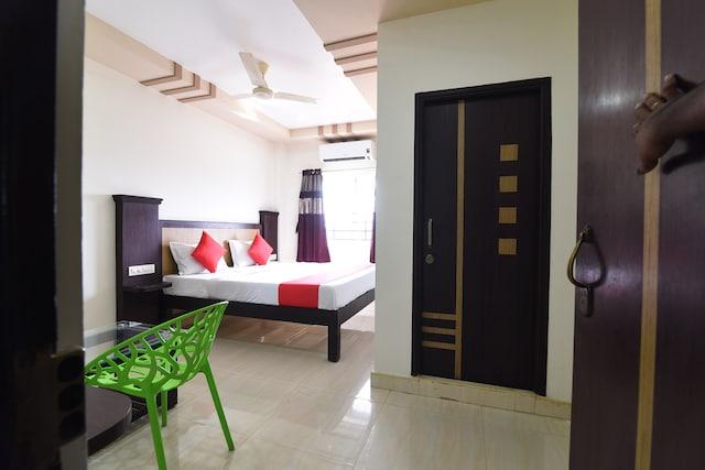 OYO 41400 Hotel Gjn Residency