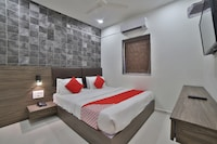 OYO 41433 Hotel Virgo Inn