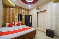 OYO 41435 Golden Residency