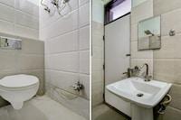 OYO 41443 Hotel Rajwada Inn SPOT
