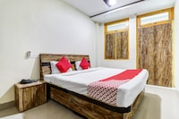 OYO 41546 Siddhant M Guest House
