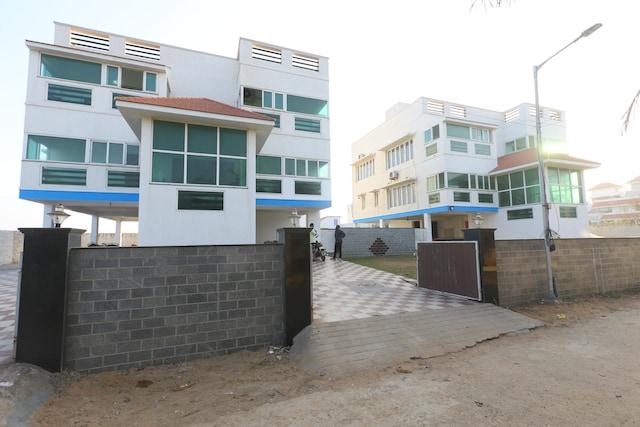 OYO 41460 Ecr Bay Villas And Resorts Deluxe