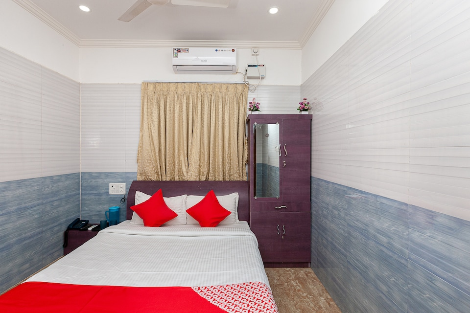 OYO 41462 Nkt Mini Hall And Rooms