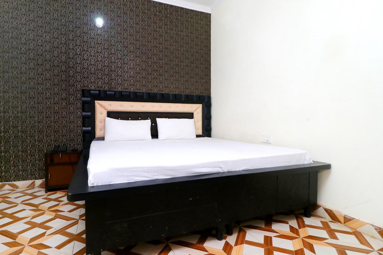SPOT ON 41466 Hotel Pavraj -1