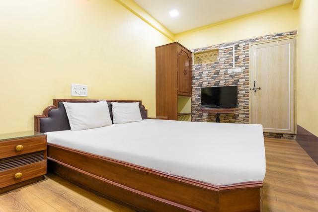 SPOT ON 41475 Hotel Neelkamal SPOT