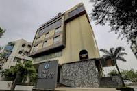 Townhouse OAK Hotel Elements