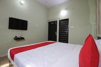 Capital O 41561 Hotel Paradise Residency