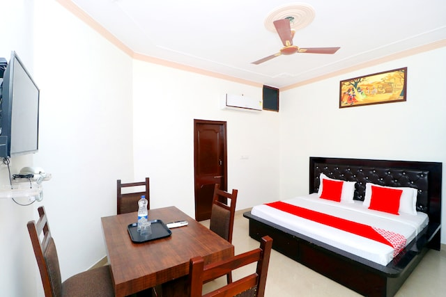 OYO 41568 Hotel Orchid Suite