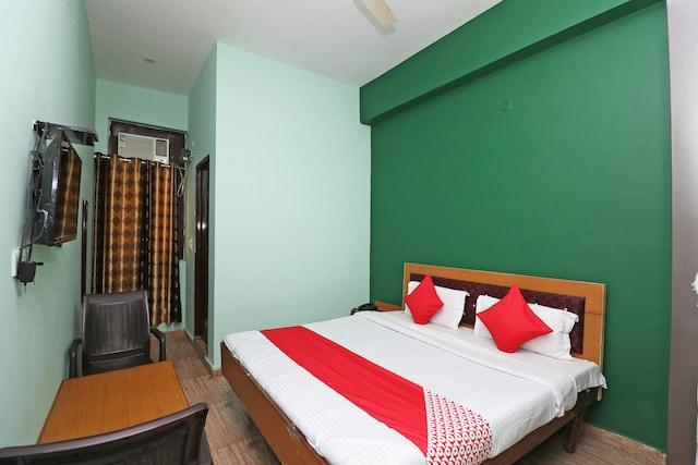 OYO 41578 Hotel Shubham Residency