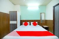 OYO 41588 Hotel Arise
