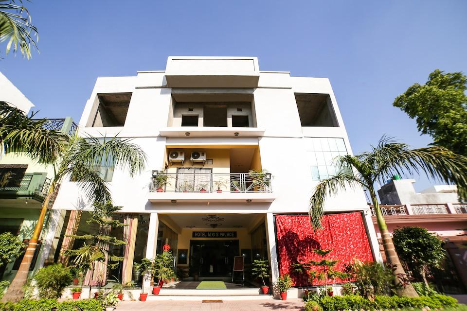 SPOT ON 41590 Hotel Mgs Palace