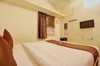 OYO 3860 Apartment JLS Gruha