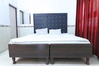 SPOT ON 41629 Hotel Om Sai SPOT