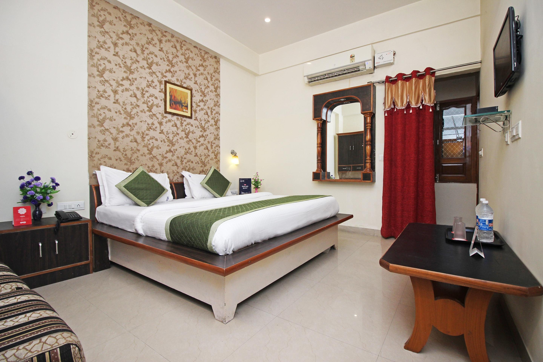 Sanganer Railway Station Oyo 3 Hotels In Jaipur Yatra Com