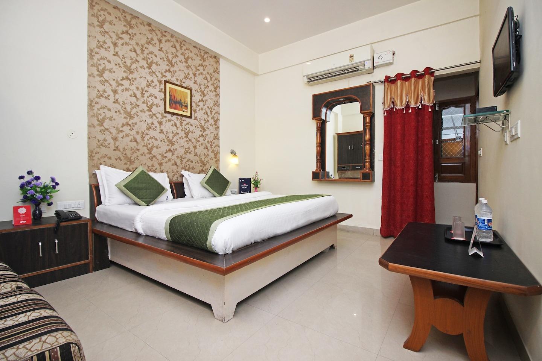 OYO 9388 Yash Hotel -1