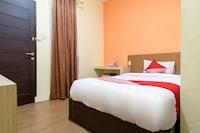 OYO 996 Hotel Transit Syariah