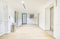 OYO Home 1174 Nice Studio Empire City Marriot
