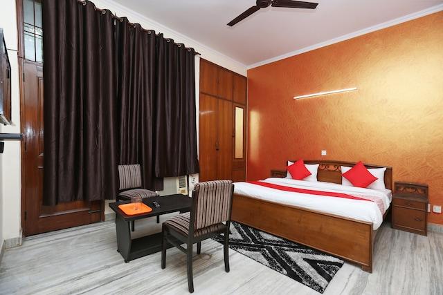 OYO 41707 Vinayak Residency Deluxe