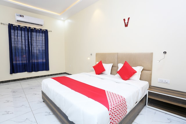 OYO 41721 Hotel Lal Havelii Deluxe