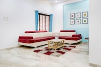 OYO Home Luxe 41747 Mountain View 4BHK with Private Pool