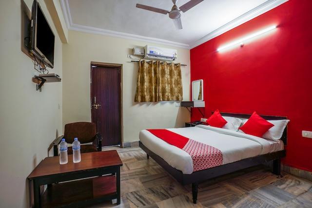 OYO 41751 Hotel Sabharwal