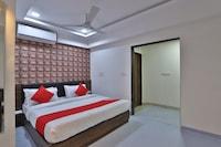 OYO 41759 Hotel Acropole Inn Deluxe