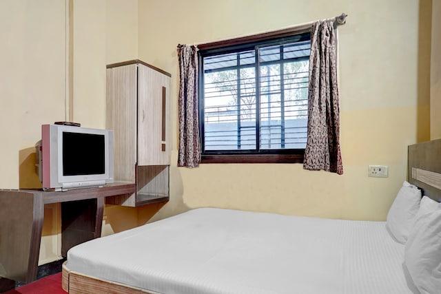 SPOT ON 41856 Hotel Vishwtara SPOT