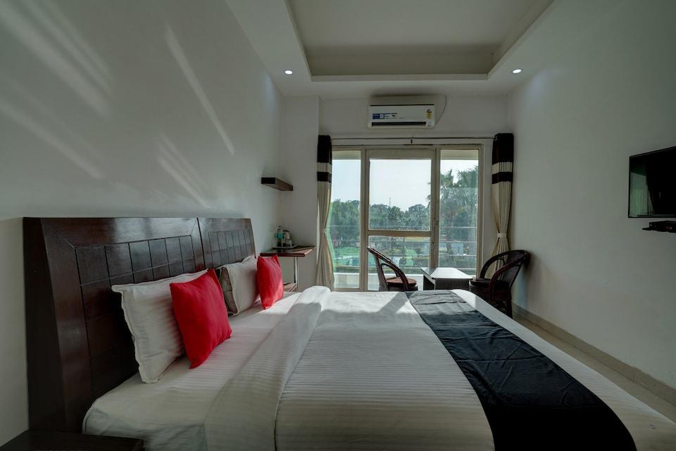 Capital O 41861 Hotel Aries