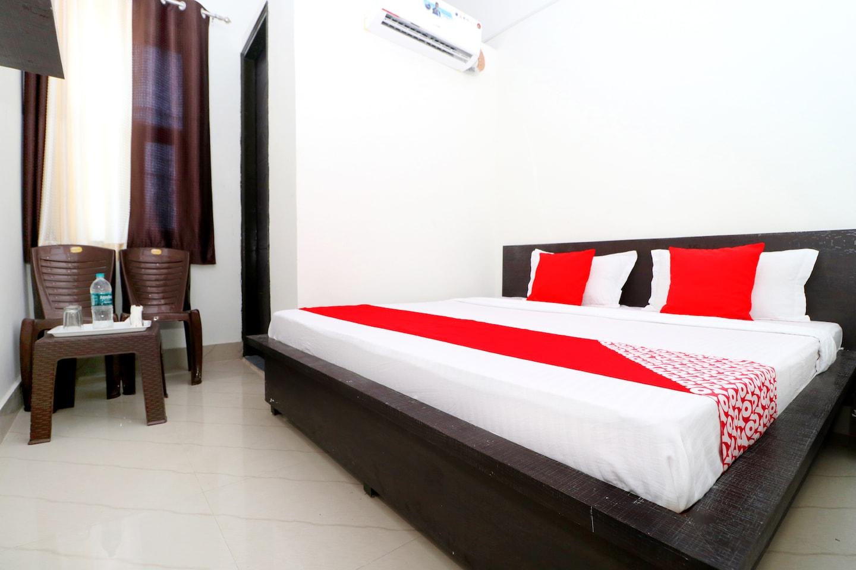 OYO 41865 Hotel Chanderlok -1