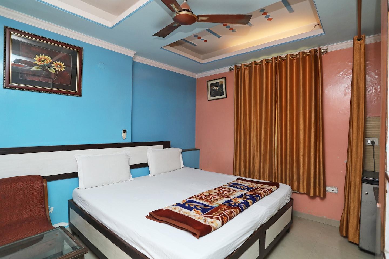SPOT ON 41887 Shyam Palace -1