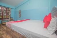 OYO 41890 Meghdoot Lodge