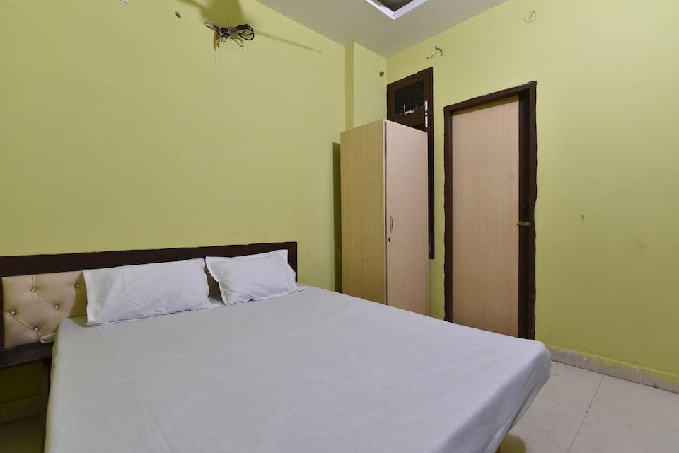 SPOT ON 41902 Yadav Guest House