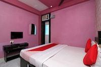 OYO 41903 Hotel Mayur Palace Deluxe