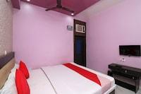 OYO 41903 Hotel Mayur Palace