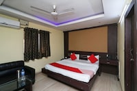 OYO 41914 Hotel New City Palace