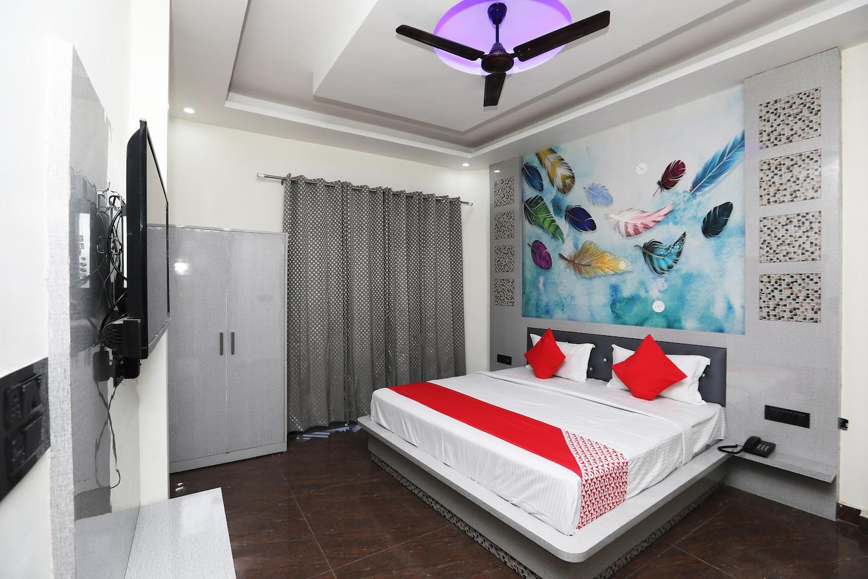 OYO 41920 Hotel Rama Grand -1