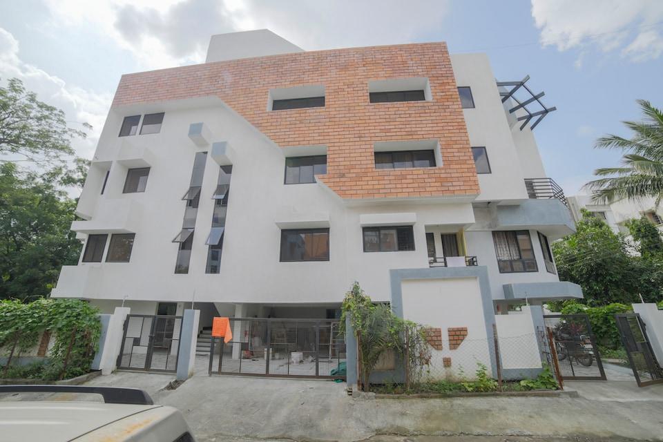 OYO 41940 Ramoti Service Apartment