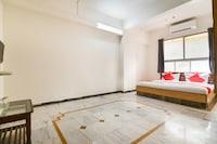 OYO 41941 Hotel Shivganga Classic