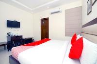 OYO 41948 Hotel Mj Inn