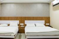 SPOT ON 42002 Hotel Sky 2