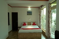 OYO 42005 Hotel Golden Ray Suite